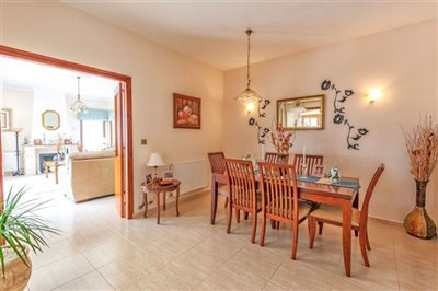11166-bungalow-for-sale-in-kathikasfull