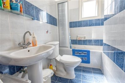 11320-apartment-for-sale-in-latchifull