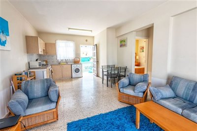 11328-apartment-for-sale-in-latchifull
