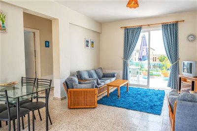 11331-apartment-for-sale-in-latchifull