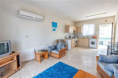 11330-apartment-for-sale-in-latchifull