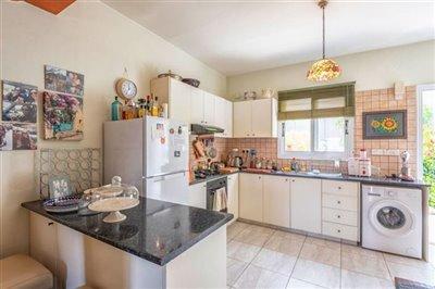 11774-semi-detached-villa-for-sale-in-goudifu