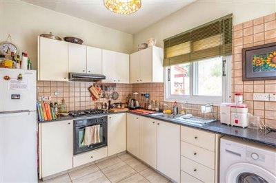 11773-semi-detached-villa-for-sale-in-goudifu
