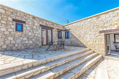 13026-stone-house-for-sale-in-droushiafull