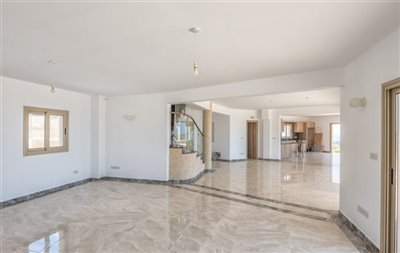 14046-detached-villa-for-sale-in-sea-cavesful
