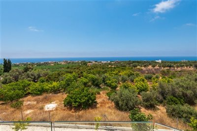 14036-detached-villa-for-sale-in-sea-cavesful