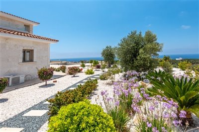 Detached Villa For Sale  in  Sea Caves