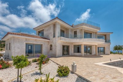 14034-detached-villa-for-sale-in-sea-cavesful