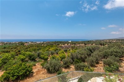 14035-detached-villa-for-sale-in-sea-cavesful
