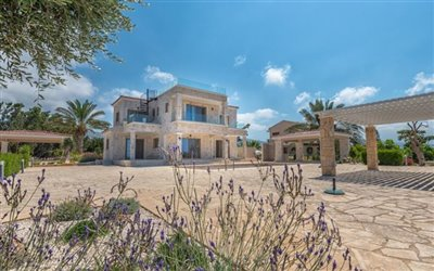 14084-detached-villa-for-sale-in-peyiafull