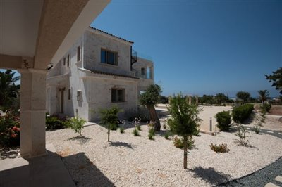 14086-detached-villa-for-sale-in-peyiafull