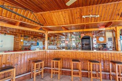 14199-restaurant-for-sale-in-polisfull
