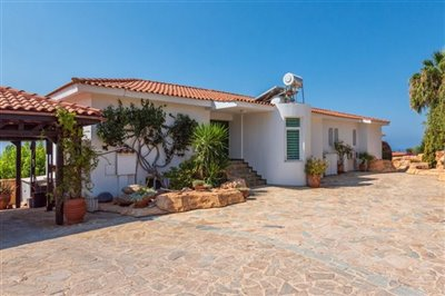 14613-detached-villa-for-sale-in-peyiafull