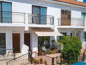 14581-town-house-for-sale-in-polisfull