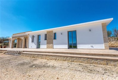 14669-bungalow-for-sale-in-polisfull