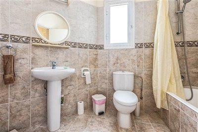 15103-apartment-for-sale-in-neo-choriofull