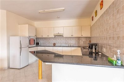 15092-apartment-for-sale-in-neo-choriofull