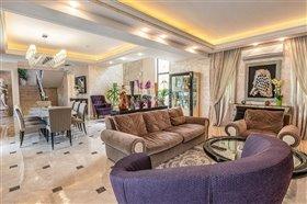 Image No.11-Villa de 5 chambres à vendre à Argaka
