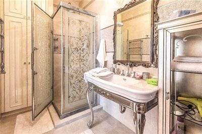 15290-detached-villa-for-sale-in-argakafull