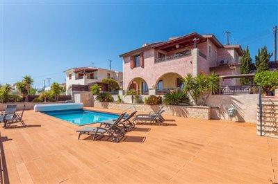 Detached Villa For Sale  in  Tsada