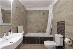 Image No.22-Villa de 4 chambres à vendre à Corfou