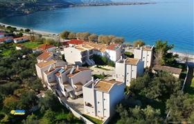 Image No.2-Maison de 3 chambres à vendre à Péloponnèse