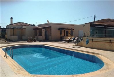 house-in-chania-crete-for-sale-shared-swimmin