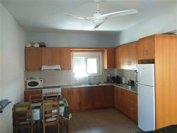 house-in-chania-crete-for-sale-fitted-kitchen