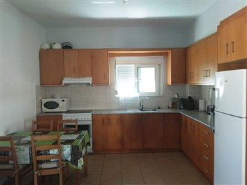 house-in-chania-crete-for-sale-kitchen