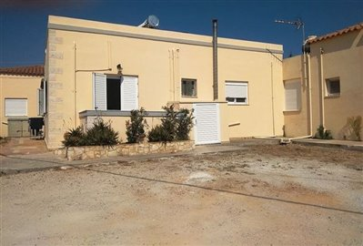 house-in-chania-crete-for-sale-back-side