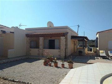 house-in-chania-crete-for-sale-outdoor-area