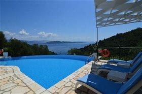 Image No.0-Villa de 3 chambres à vendre à Corfou