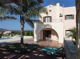 Image No.2-Villa de 4 chambres à vendre à Apokoronas