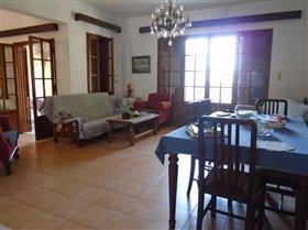 Image No.22-Villa de 5 chambres à vendre à Messinia
