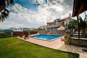 Image No.0-Villa de 4 chambres à vendre à Agios Nikolaos