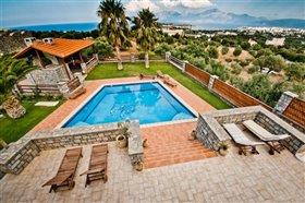 Image No.3-Villa de 4 chambres à vendre à Agios Nikolaos