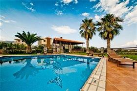 Image No.4-Villa de 4 chambres à vendre à Agios Nikolaos