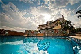Image No.8-Villa de 4 chambres à vendre à Agios Nikolaos