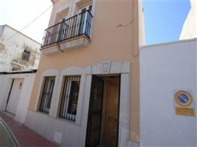 Image No.0-Villa de 3 chambres à vendre à Teulada