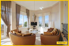 Image No.1-Villa / Détaché de 3 chambres à vendre à Kargicak