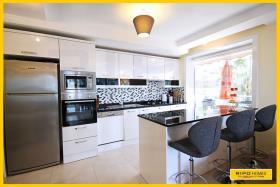 Image No.4-Appartement de 2 chambres à vendre à Cikcilli
