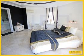 Image No.18-Villa / Détaché de 3 chambres à vendre à Mahmutlar