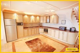 Image No.3-Villa de 5 chambres à vendre à Alanya