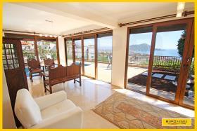 Image No.2-Villa de 5 chambres à vendre à Alanya