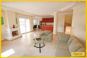 Image No.3-Villa / Détaché de 4 chambres à vendre à Kargicak