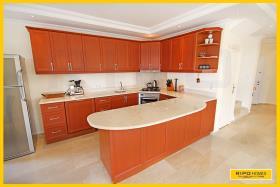 Image No.4-Villa / Détaché de 4 chambres à vendre à Kargicak