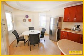 Image No.5-Villa / Détaché de 4 chambres à vendre à Kargicak