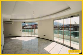 Image No.1-6 Bed Penthouse for sale