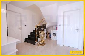 Image No.8-3 Bed Penthouse for sale