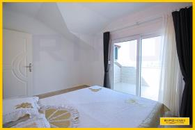 Image No.17-3 Bed Penthouse for sale